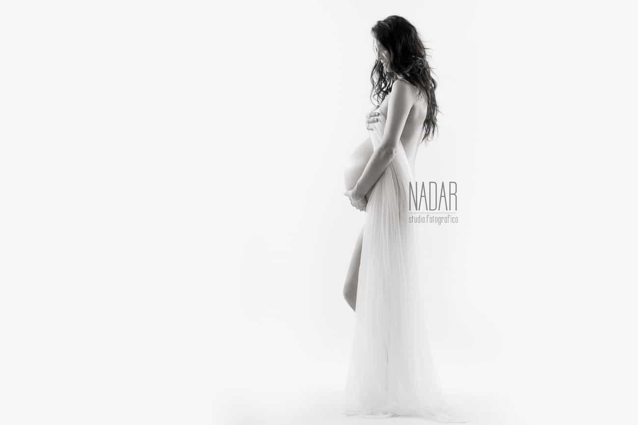sevizio fotografico gravidanza con trasparenze